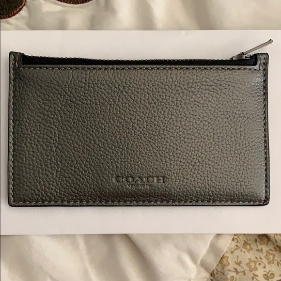 Coach Handbags - COACH leather coin/card holder